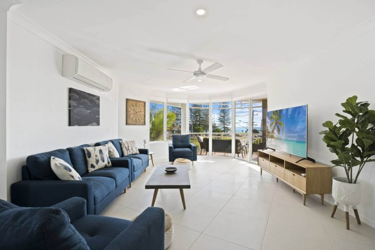 kirra palms apartments lounge